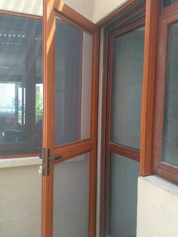 Mallas mosquiteras malladeproteccion - Puertas mosquiteras de madera ...